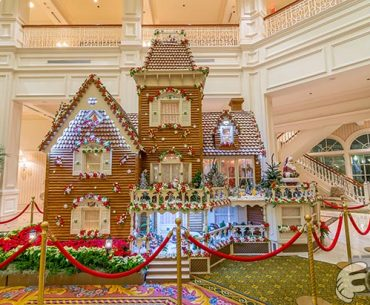 Holiday Resort Hopping At Walt Disney World